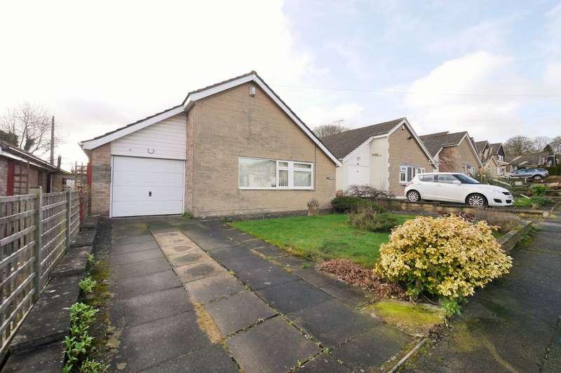 3 Bedrooms Detached Bungalow for rent in Wensleydale Rise, Baildon, Shipley, BD17