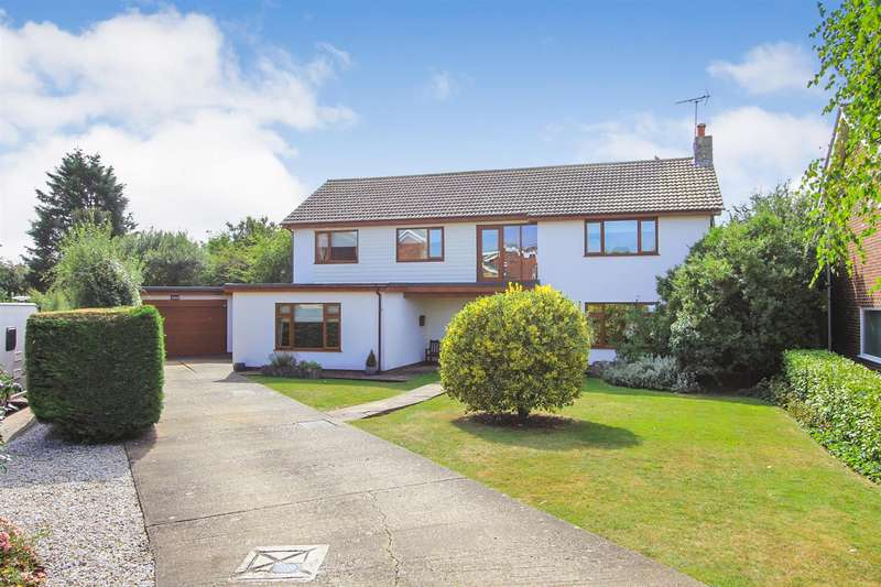 4 Bedrooms Detached House for sale in Plantation Road, Chestfield, Whitstable