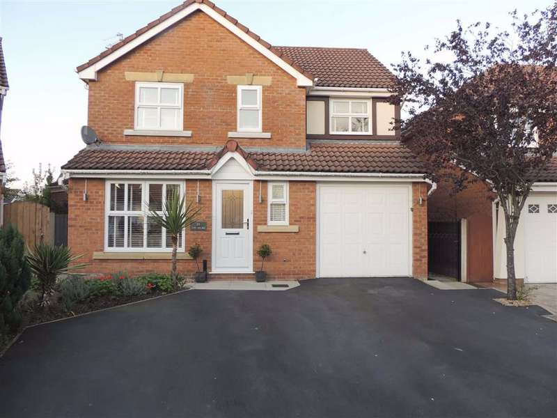 4 Bedrooms Detached House for sale in Hall Pool Drive, Offerton, Stockport