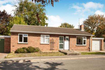 3 Bedrooms Bungalow for sale in Girton, Cambridge