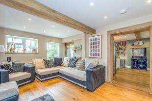 4 Bedrooms Semi Detached House for sale in Bradbourne Cottages, Denstroude Lane, Denstroude, Canterbury