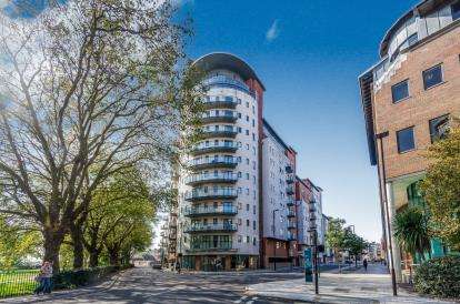 Flat for sale in Briton Street, Southampton, Hampshire