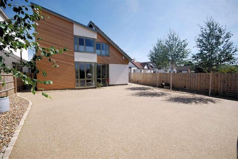 4 Bedrooms Detached House for sale in Halton Lane, Wendover, Buckinghamshire