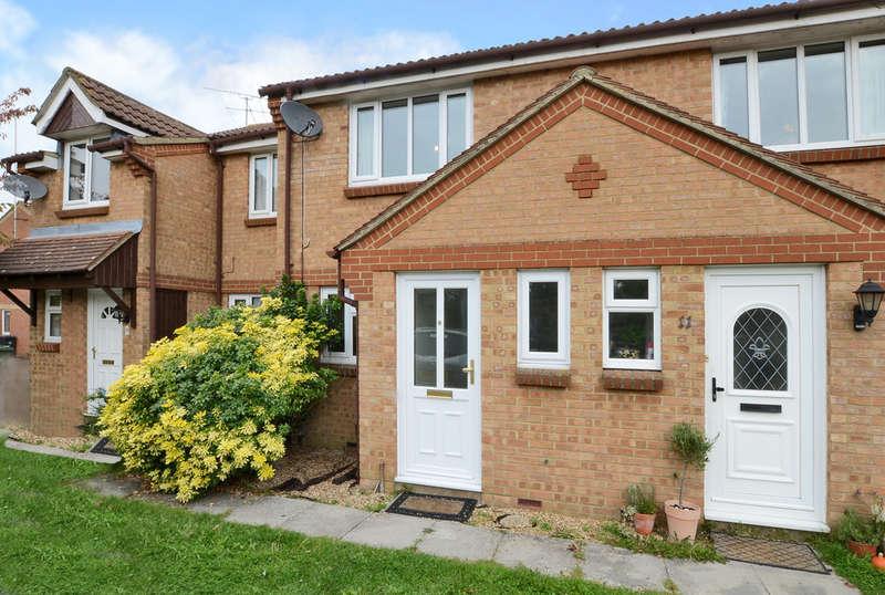 2 Bedrooms Terraced House for rent in Hanbury Way, Camberley