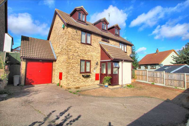 5 Bedrooms Detached House for sale in Woodpecker Close, Longridge, Colchester