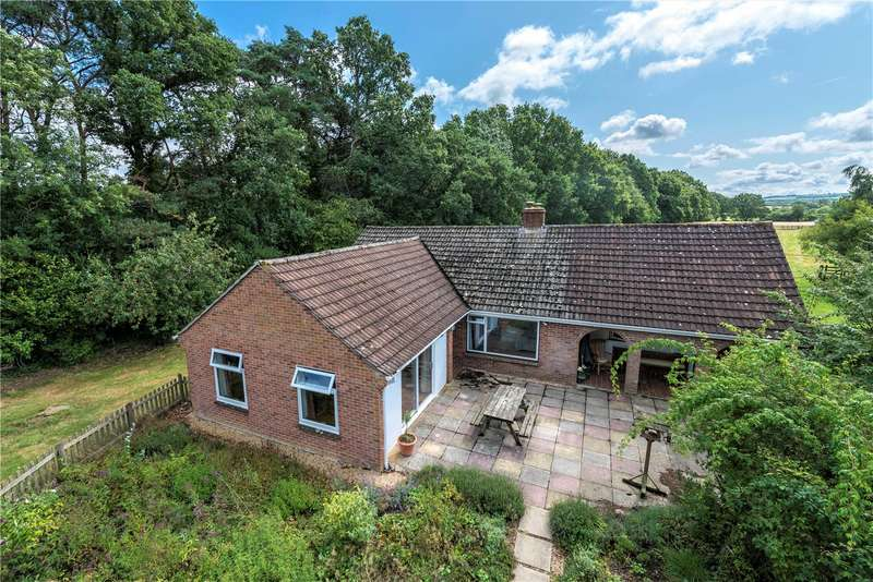 3 Bedrooms Detached Bungalow for sale in Holmbushes, Leigh, Sherborne, Dorset, DT9
