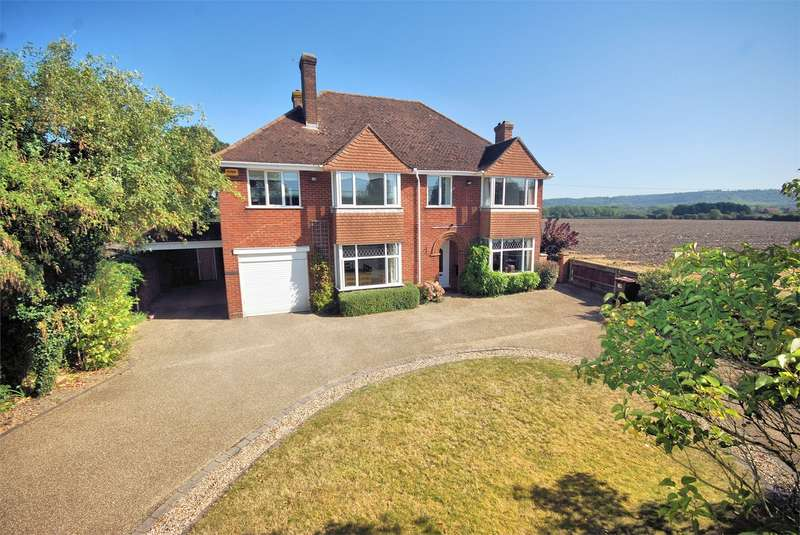 5 Bedrooms Detached House for sale in Wendover Road, Weston Turville, Buckinghamshire