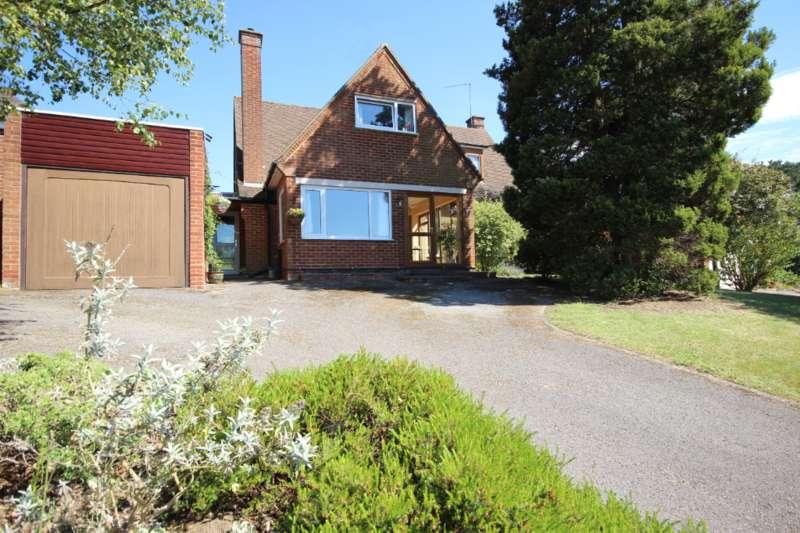 3 Bedrooms Detached House for sale in Alameda Road, Ampthill, Bedfordshire, MK45
