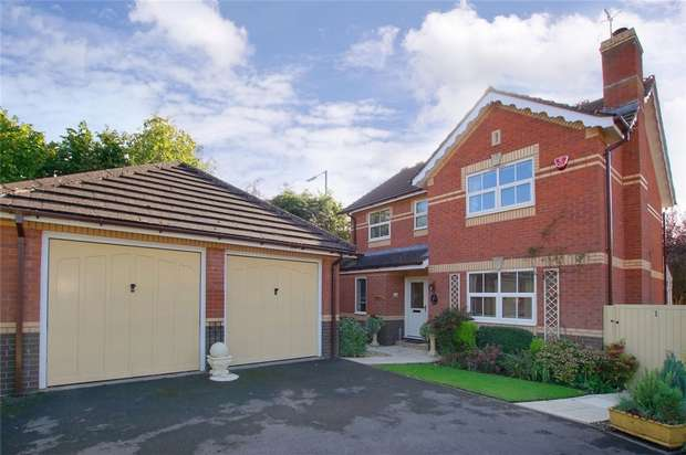4 Bedrooms Detached House for sale in Heron Gardens, Portishead, Bristol