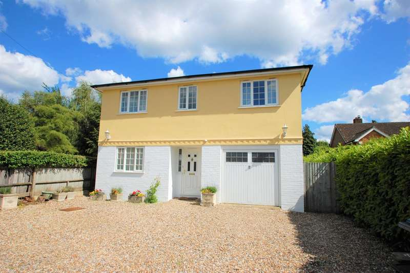 4 Bedrooms Detached House for sale in Three Households, Chalfont St Giles, HP8