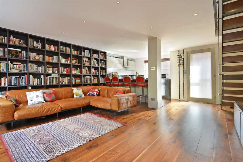 3 Bedrooms Terraced House for sale in Lockesfield Place, London, E14