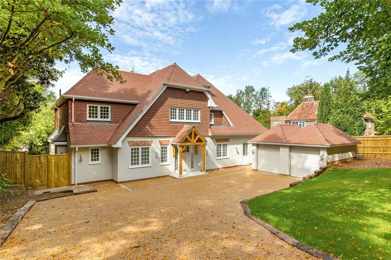 5 Bedrooms Detached House for sale in Bridge Way, Chipstead, Coulsdon, Surrey, CR5