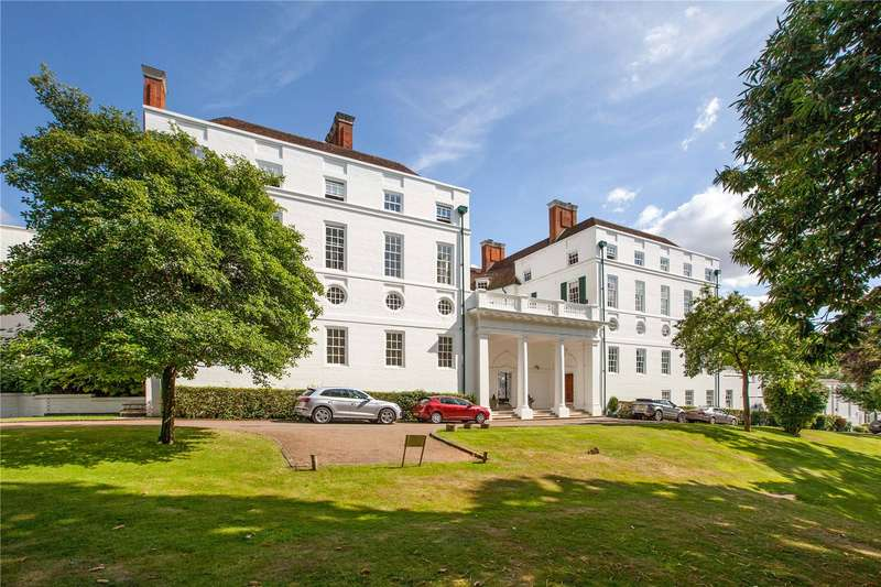 3 Bedrooms Apartment Flat for sale in Nashdom Abbey, Nashdom Lane, Burnham, Buckinghamshire, SL1