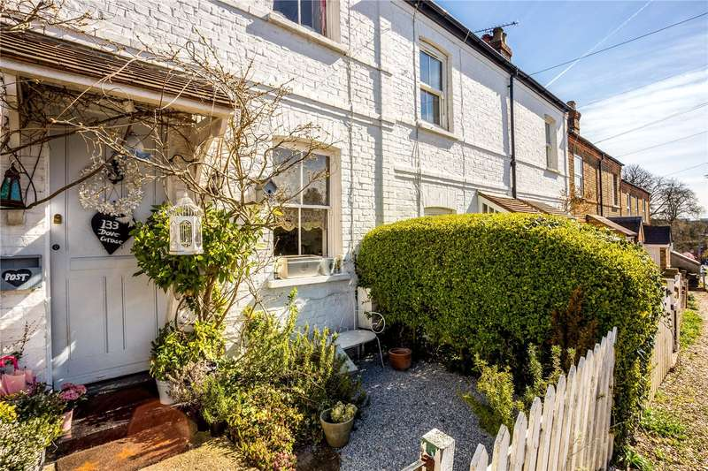 2 Bedrooms Terraced House for sale in Westborough Road, Maidenhead, Berkshire, SL6