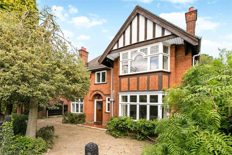 5 Bedrooms Detached House for sale in The Avenue, Watford, Hertfordshire, WD17