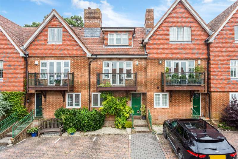 3 Bedrooms Terraced House for sale in Frant Court, Frant, Tunbridge Wells, East Sussex, TN3