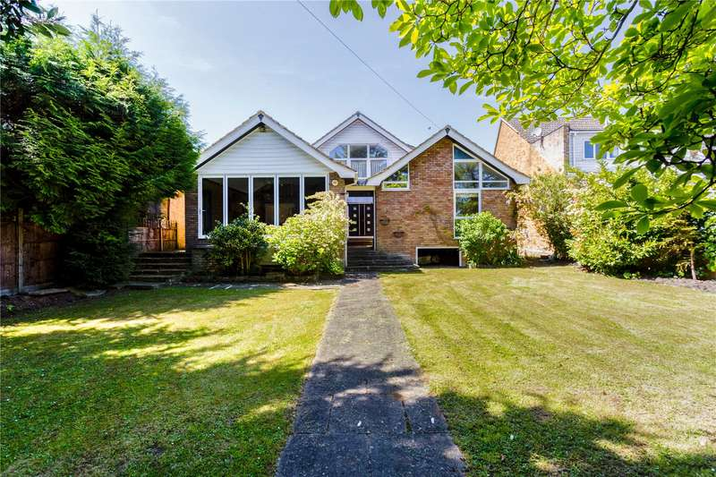 4 Bedrooms Detached House for sale in Riverside, Wraysbury, Staines-upon-Thames, Berkshire, TW19