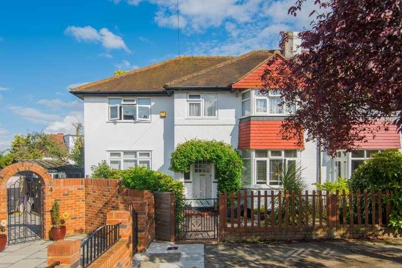 4 Bedrooms Semi Detached House for sale in Rivermeads Avenue, Twickenham, TW2