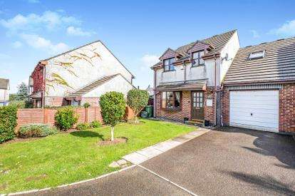 4 Bedrooms Link Detached House for sale in St. Columb, Newquay, Cornwall