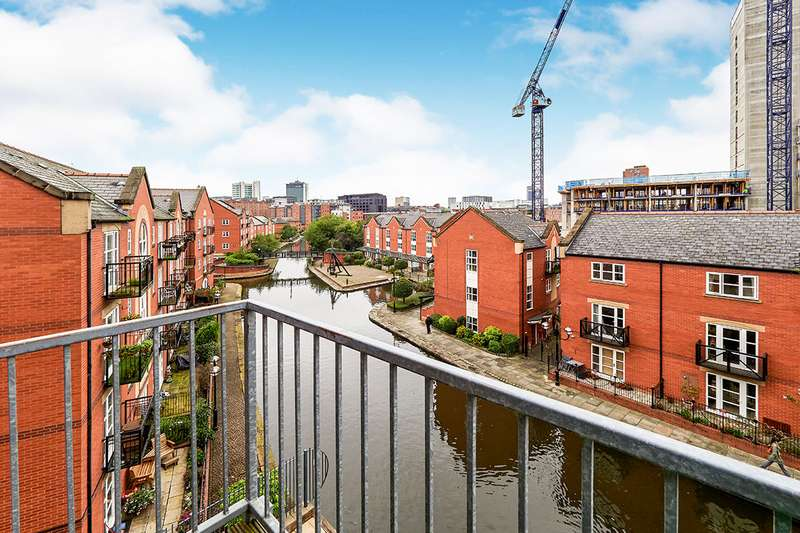 2 Bedrooms Apartment Flat for sale in Quantum, 2 Chapeltown Street, Manchester, Greater Manchester, M1