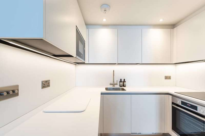 2 Bedrooms Flat for sale in Collingham Place, South Kensington, SW5