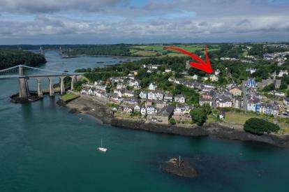 6 Bedrooms Detached House for sale in Telford Road, Menai Bridge, Anglesey, North Wales, LL59