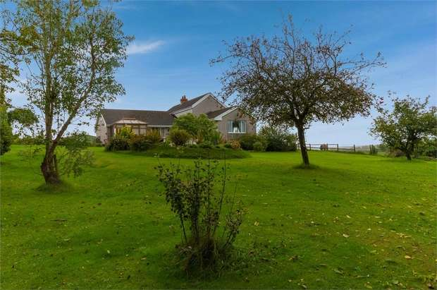 4 Bedrooms Detached House for sale in Wiston, Wiston, Haverfordwest, Pembrokeshire