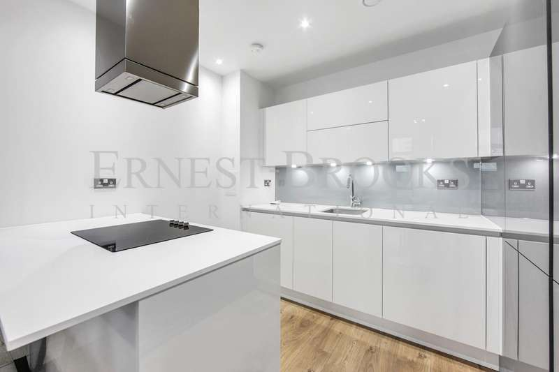 2 Bedrooms Apartment Flat for sale in Rectangular Tower, City North, Finsbury Park, N4