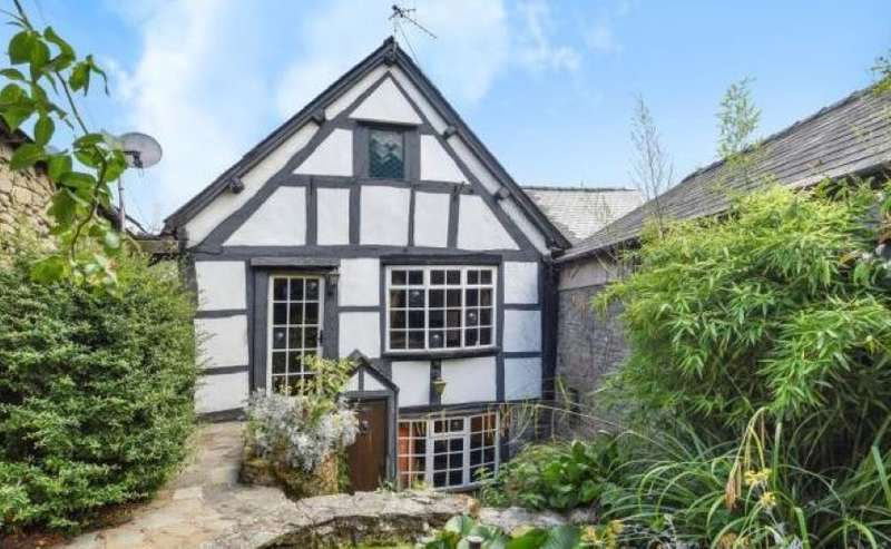 4 Bedrooms Terraced House for sale in Whitsend, 18 High Street, Kington, Herefordshire
