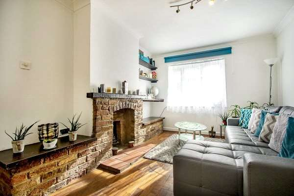 2 Bedrooms Apartment Flat for sale in Hampden Road, High Wycombe, Buckinghamshire