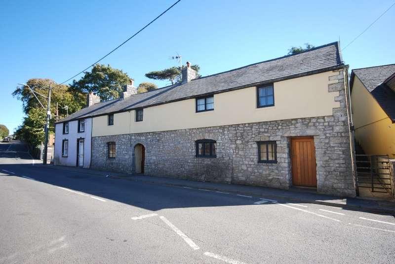 4 Bedrooms Semi Detached House for sale in Boverton Road, Boverton, Llantwit Major