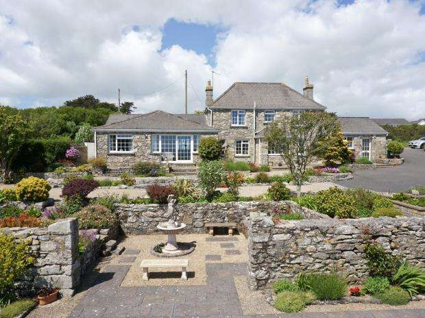 5 Bedrooms Detached House for sale in Helston Road, Germoe, Penzance, Cornwall