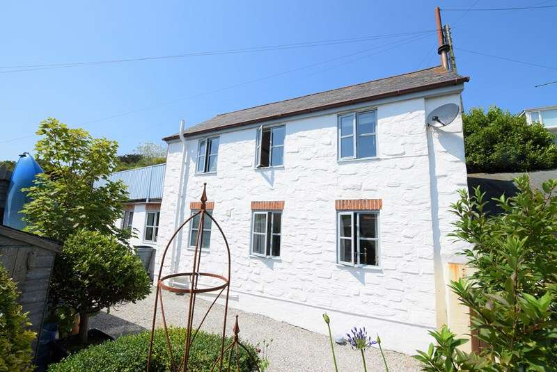 2 Bedrooms Cottage House for sale in Bolenna Lane, Perranporth