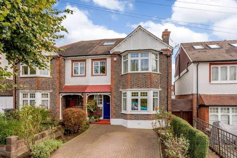 5 Bedrooms Semi Detached House for sale in Coombe Gardens, New Malden, KT3