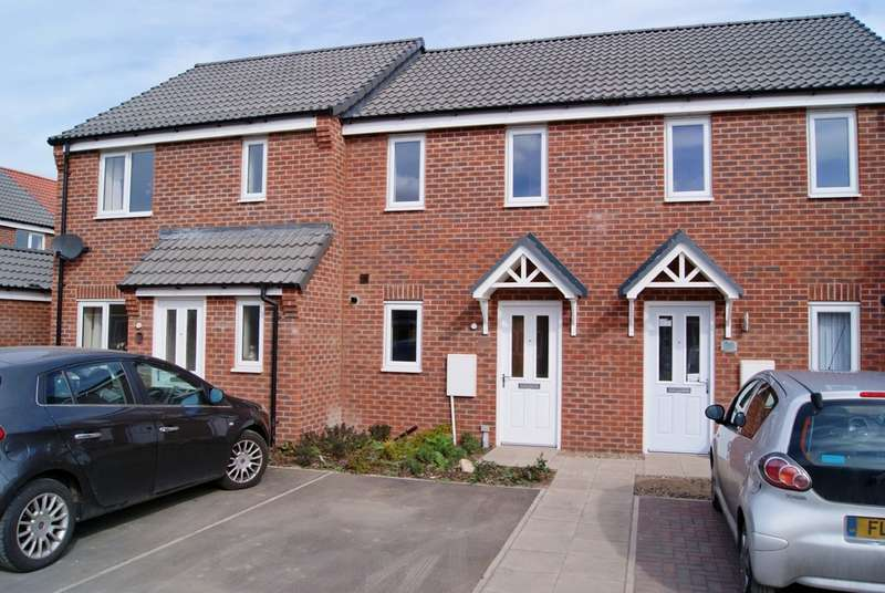 2 Bedrooms Terraced House for rent in Crucible Close, North Hykeham, Lincoln LN6