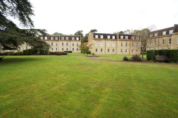 3 Bedrooms Apartment Flat for sale in Cedar Hall, Frenchay, Bristol, BS16 1NH