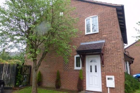 2 Bedrooms Property for rent in Two Bed Semi in Long Lawford