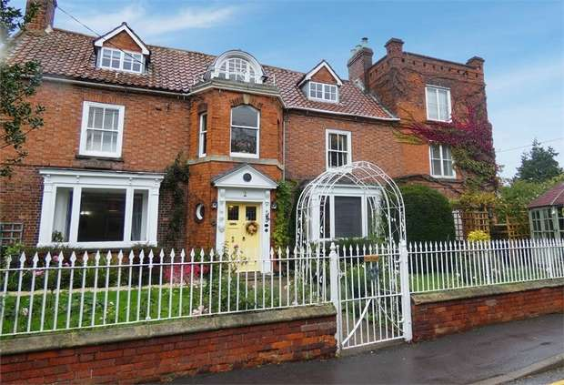 6 Bedrooms Detached House for sale in High Street, Reepham, Lincoln