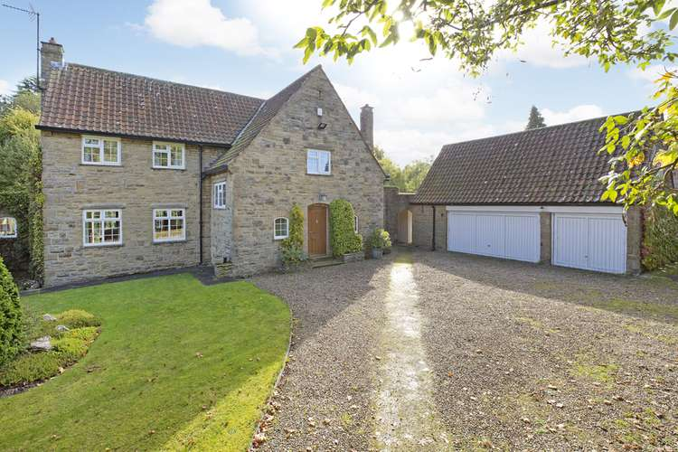 4 Bedrooms Detached House for sale in High Street, Hampstwaite