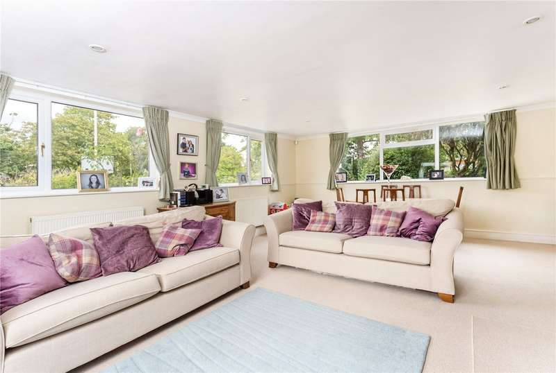 4 Bedrooms Detached House for sale in Old Bath Road, Cheltenham, Gloucestershire, GL53
