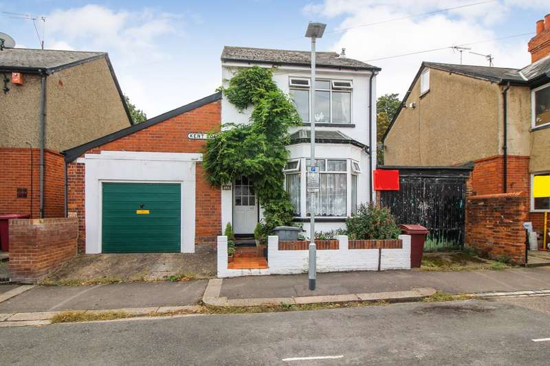 3 Bedrooms Detached House for sale in Kent Road, Reading, RG30