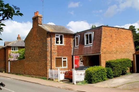4 Bedrooms Detached House for rent in High Street, Codicote