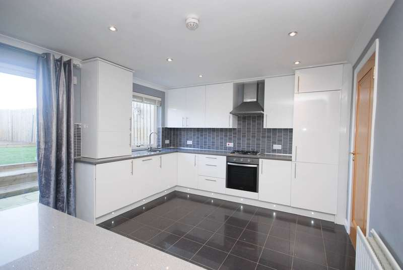 4 Bedrooms Terraced House for sale in Valley View, Kibblesworth