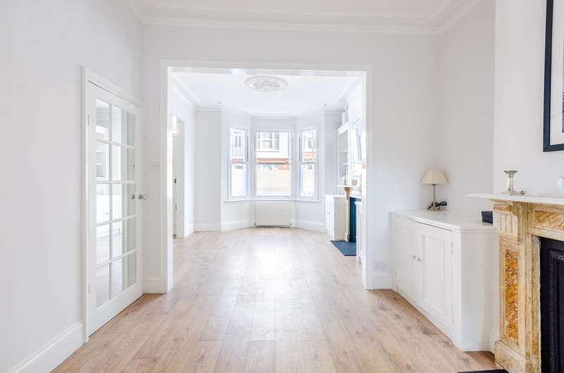 5 Bedrooms House for rent in Epirus road, Fulham Broadway, SW6
