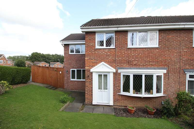 4 Bedrooms Semi Detached House for sale in Whitley Spring Crescent, Ossett, West Yorkshire, WF5