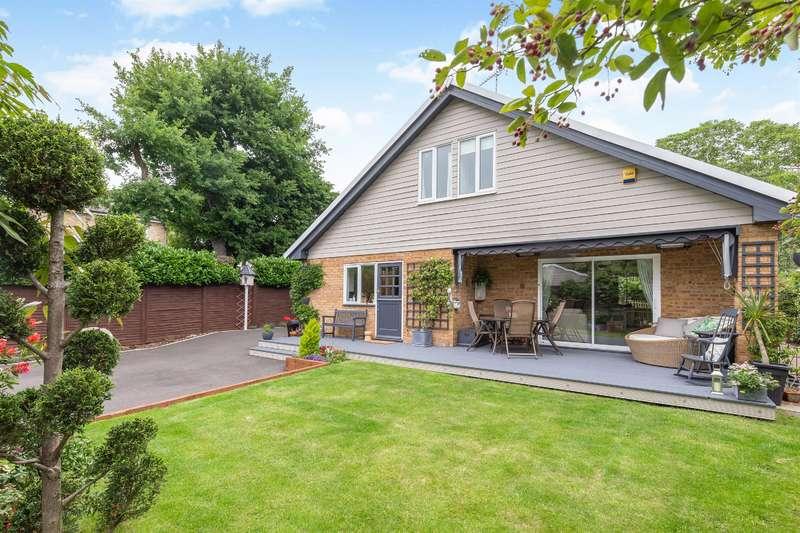 5 Bedrooms Detached House for sale in Julians Road, Stevenage