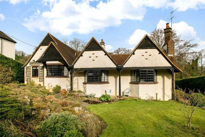 4 Bedrooms Detached Bungalow for sale in Treadaway Hill, Flackwell Heath, Buckinghamshire, HP10