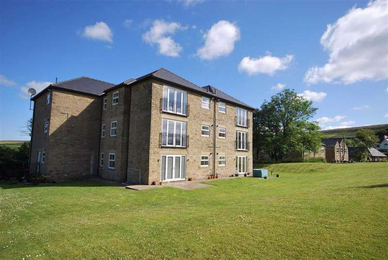 2 Bedrooms Penthouse Flat for sale in Wadhams Court, Edgworth, Bolton, BL7