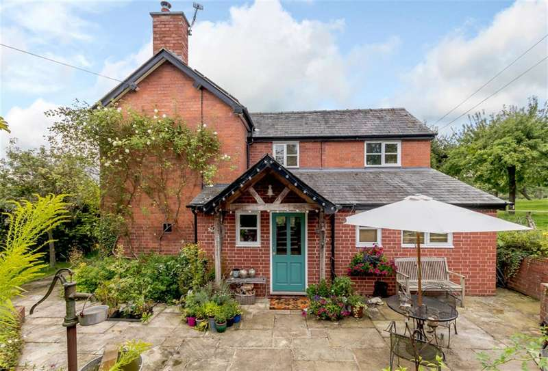 3 Bedrooms Detached House for sale in Canon Pyon, Hereford, HR4 8NS