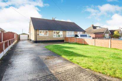 3 Bedrooms Bungalow for sale in Elton Road, Sandbach, Cheshire